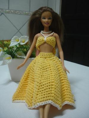 Roupinha anos 60 para Barbie - em crochê amarelo