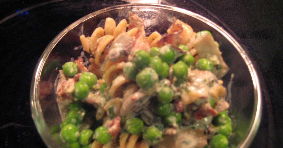 Day to Day Mish Mash: Bacon, Mushrom and Pea Pasta