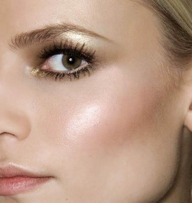 How to use Vaseline to highlight cheekbones