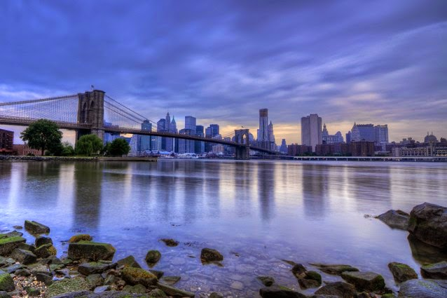 Brooklyn Bridge and Manhattan (Credit: Shutterstock) Click to enlarge.