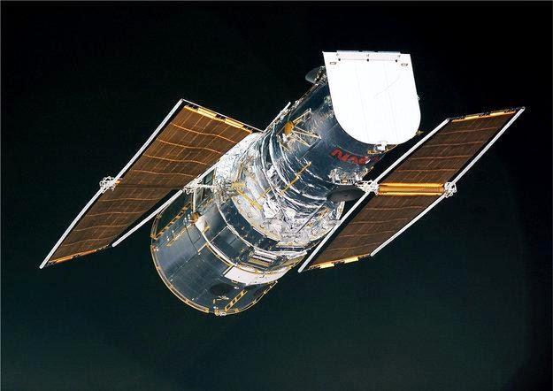 HARI INI 1990: Teleskop Hubble Diluncurkan ke Luar Angkasa