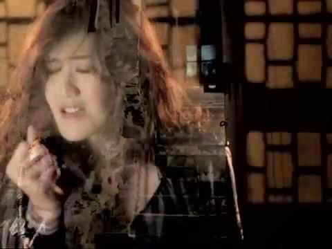 Lirik dan Kunci Gitar Lagu Sarah Saputri - Aku dan Kamu Satu