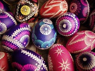 Raznobojna Uskrsna jaja download besplatne pozadine slike za mobitele