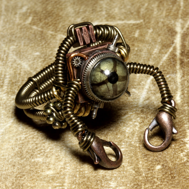 Ring In The Steampunk Decor To Pimp Up Your Home: The Art Of Up-Cycling: Steampunk Jewelry, Upcycling Ideas