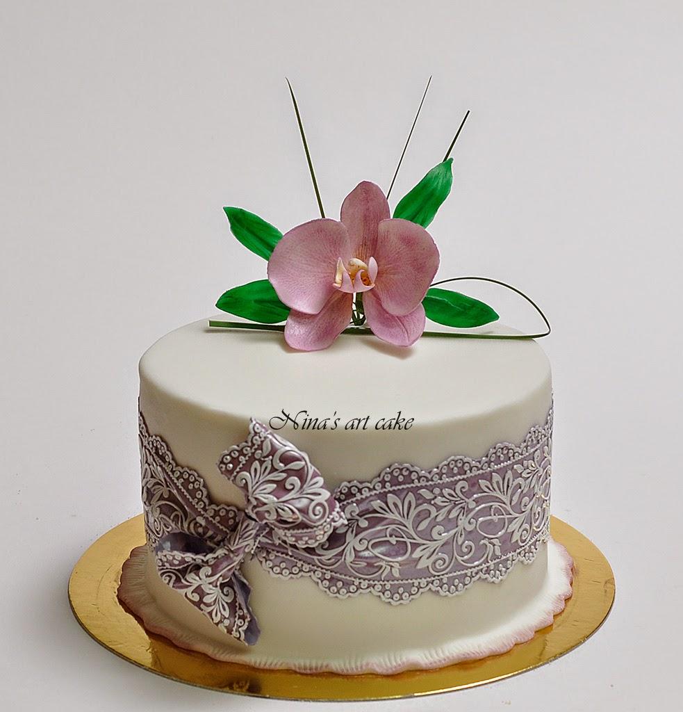 Tort aniversar cu orhidee
