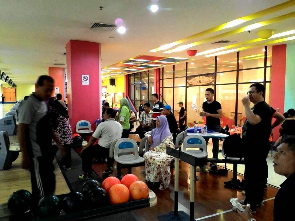 Intervensi Bowling bersama anggota dan sukarelawan Parol WPKL