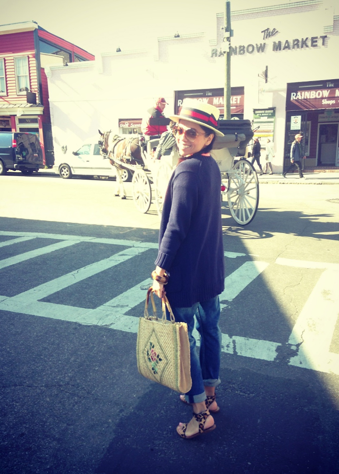 BOATER HAT STREET LOOK