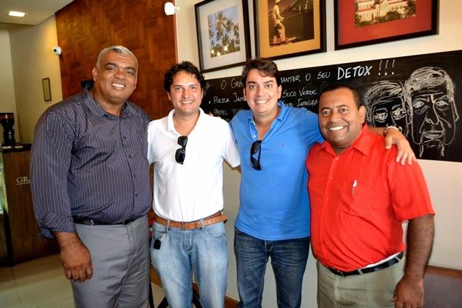 PMDB de Itacaré convida a todos a participar da apresentação dos candidatos a Deputado da oposição. Participe.