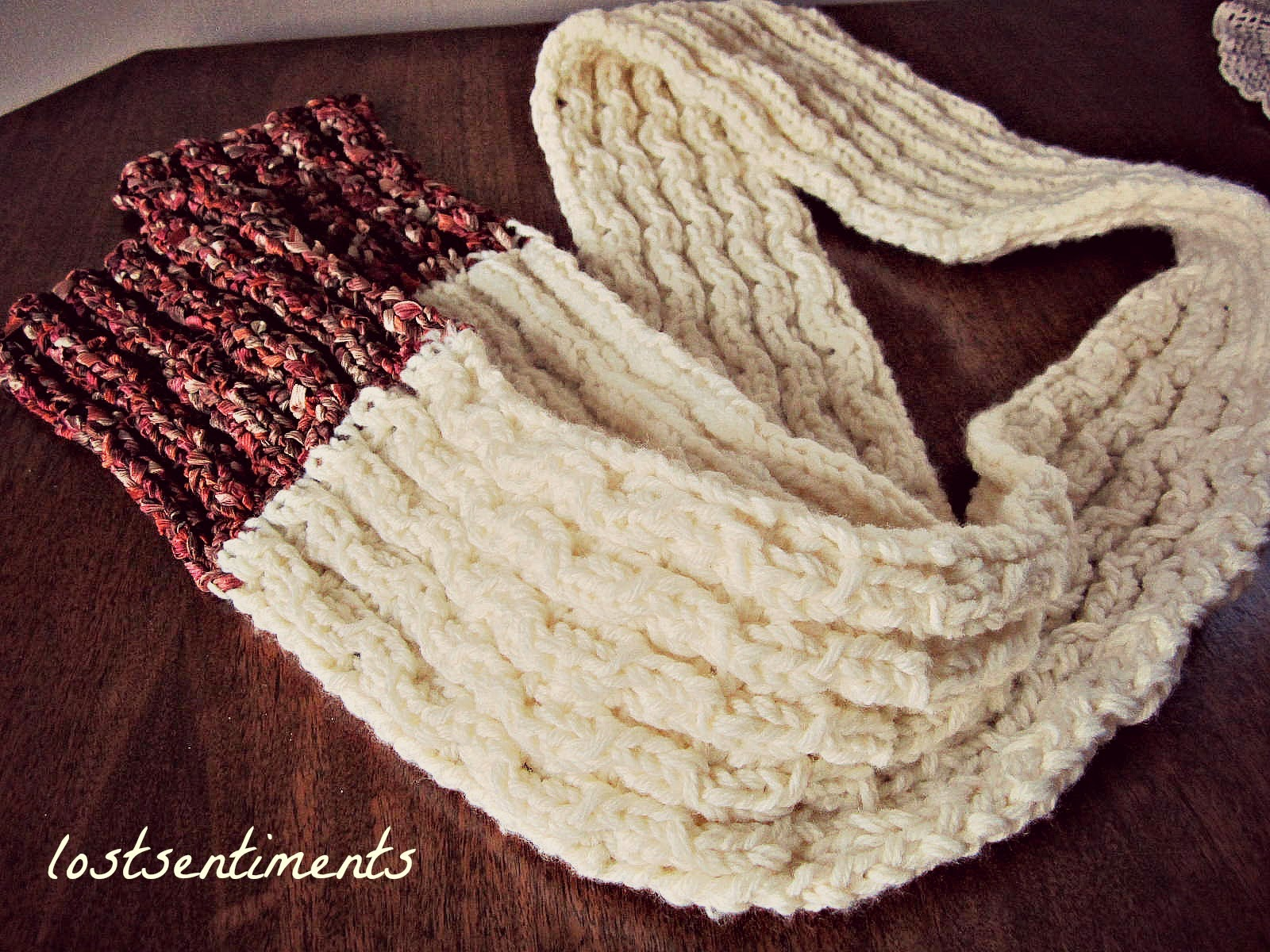 lostsentiments: Coconut Milk Peekaboo Lace Scarf Pattern - FREE ...
