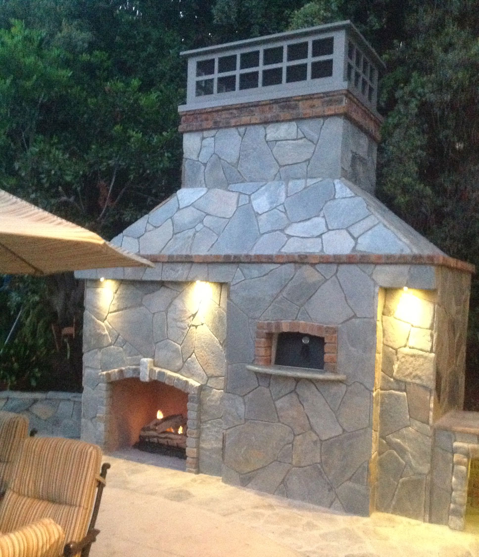 Outdoor pizza oven and fireplace dolce vita specialty imports this forno rustico 100 pizza oven was installed in san juan capistrano ca by italco construction inc italco construction provides custom outdoor pizza teraionfo