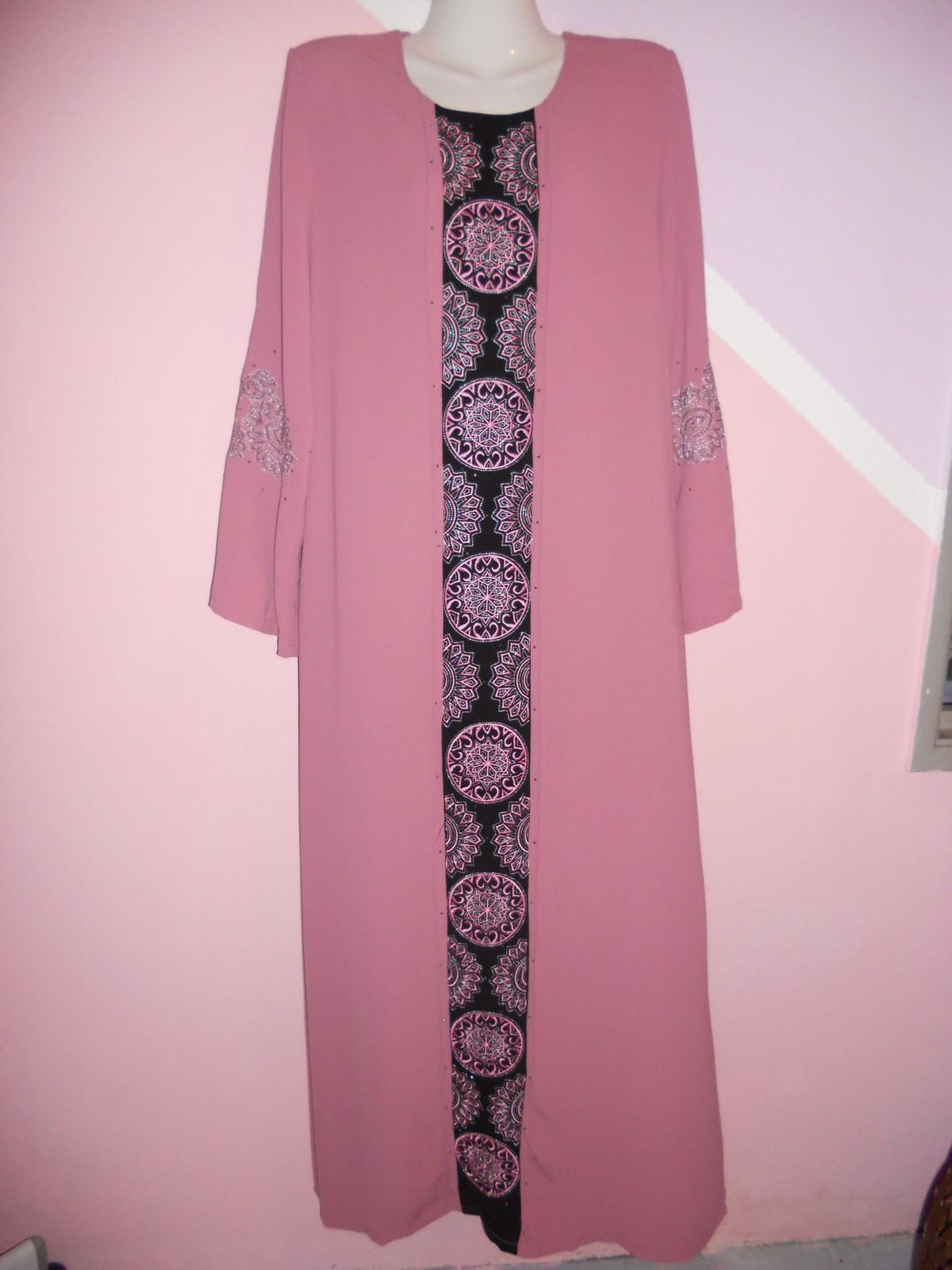 Koleksi Jubah Muslimah