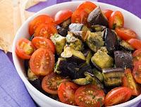 Salada de Berinjela Grelhada com Orégano e Salsinha (vegana)
