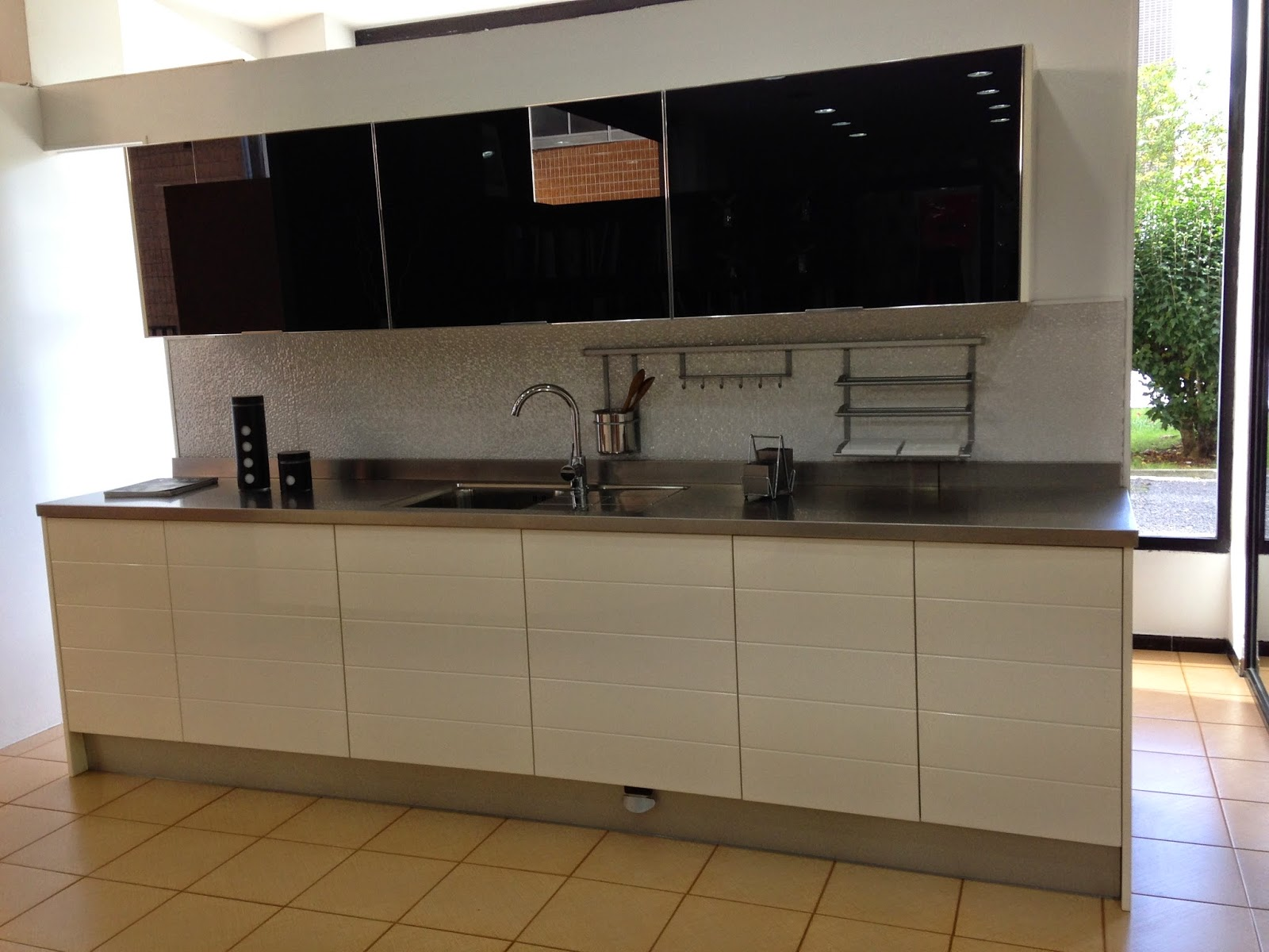 Precios Especiales en muebles de cocina por CAMBIO de EXPOSICION ...