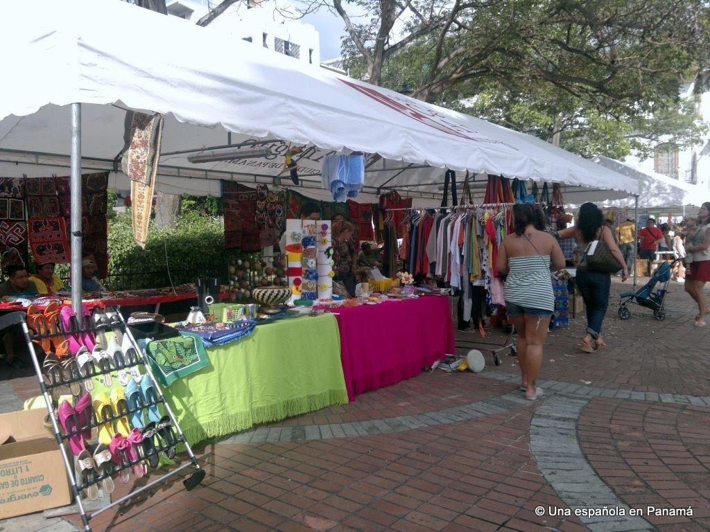mercado artesanias panama