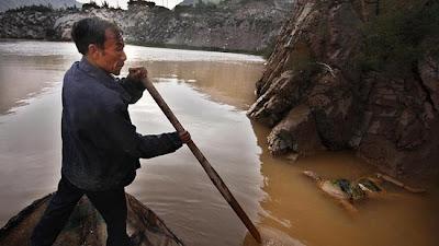 Kisah Nelayan Pemburu Mayat di Sungai Kuning China