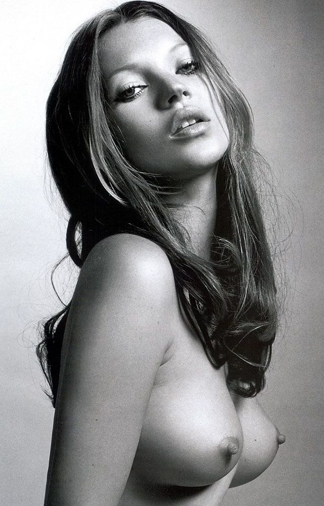 Otra topless más de Kate Moss