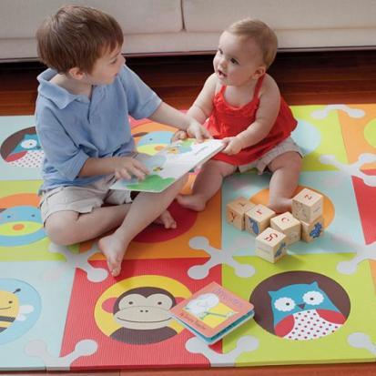 Linda alfombra para el cuarto del beb decorando mejor - Alfombras para bebe ...
