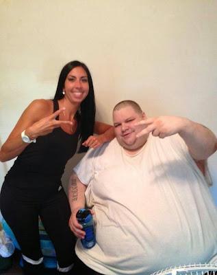 Δείτε πως αυτός ο άνδρας κατάφερε από τα 306 κιλά να πέσει στα 114