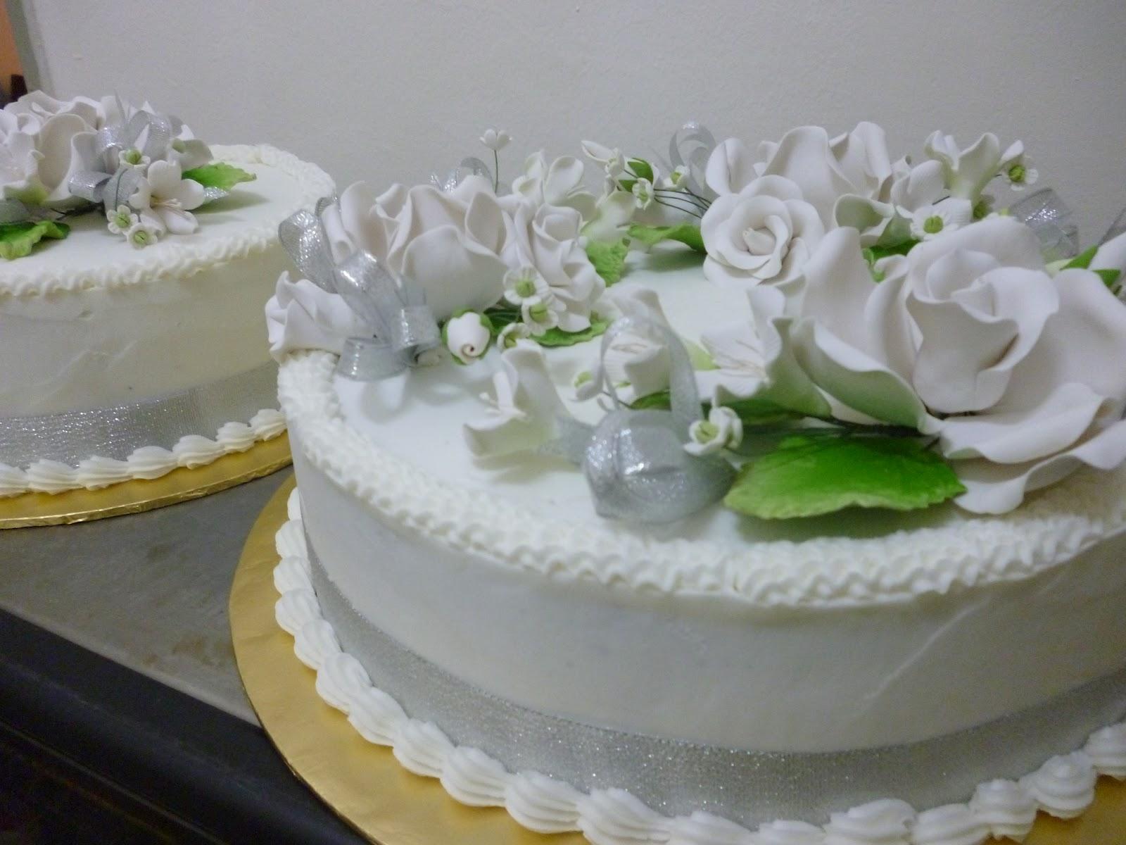 Aznau0027s Wedding Cottage. Wedding Cakes ...