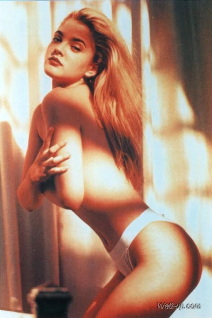 Drew barrymore poison ivy nude