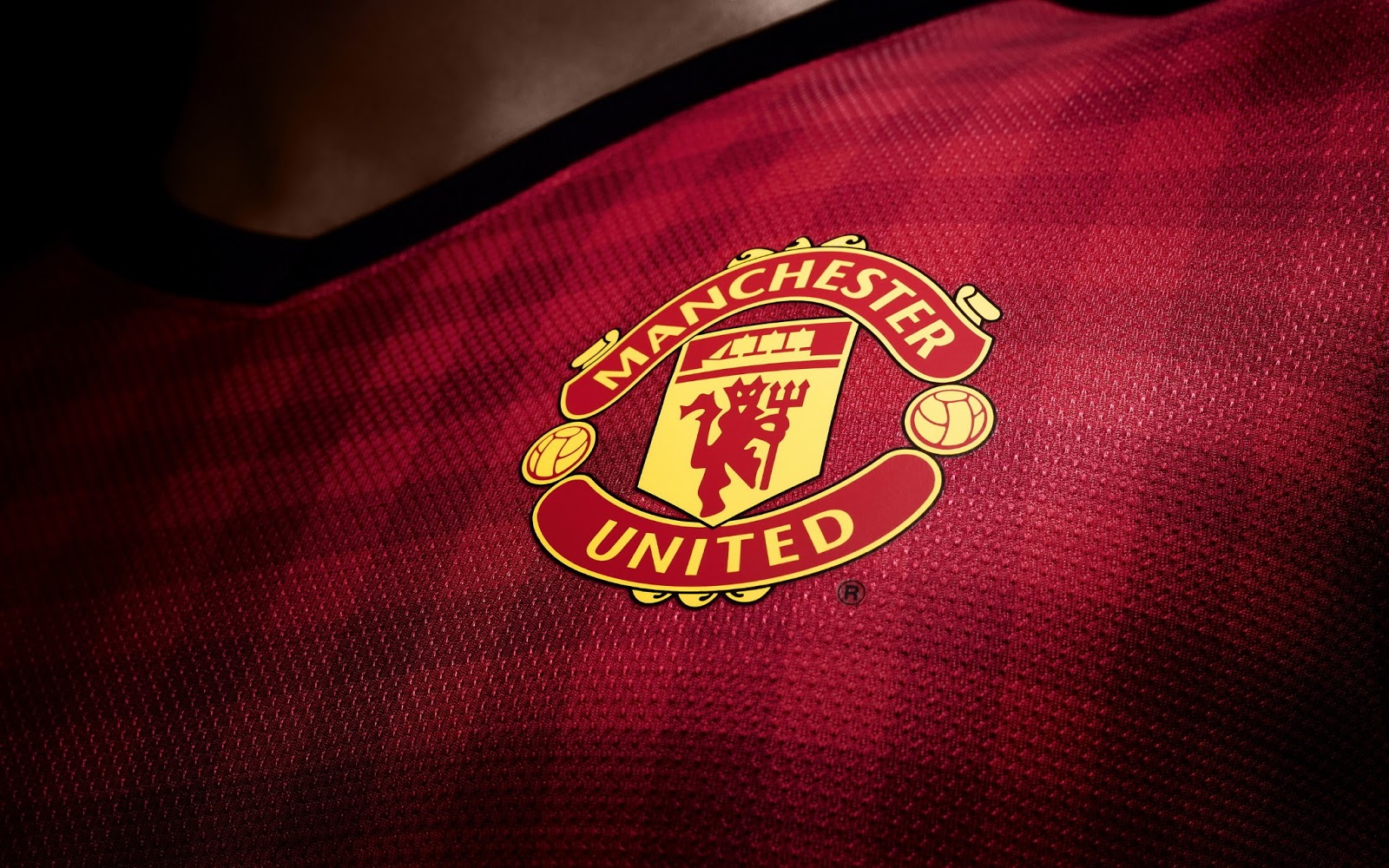 Manchester United Logo Wallpapers HD Collection | Free Download ...