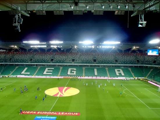 Podczas meczu Legia - Apollon trybuny były puste - fot. Tomasz Janus / sportnaukowo.pl