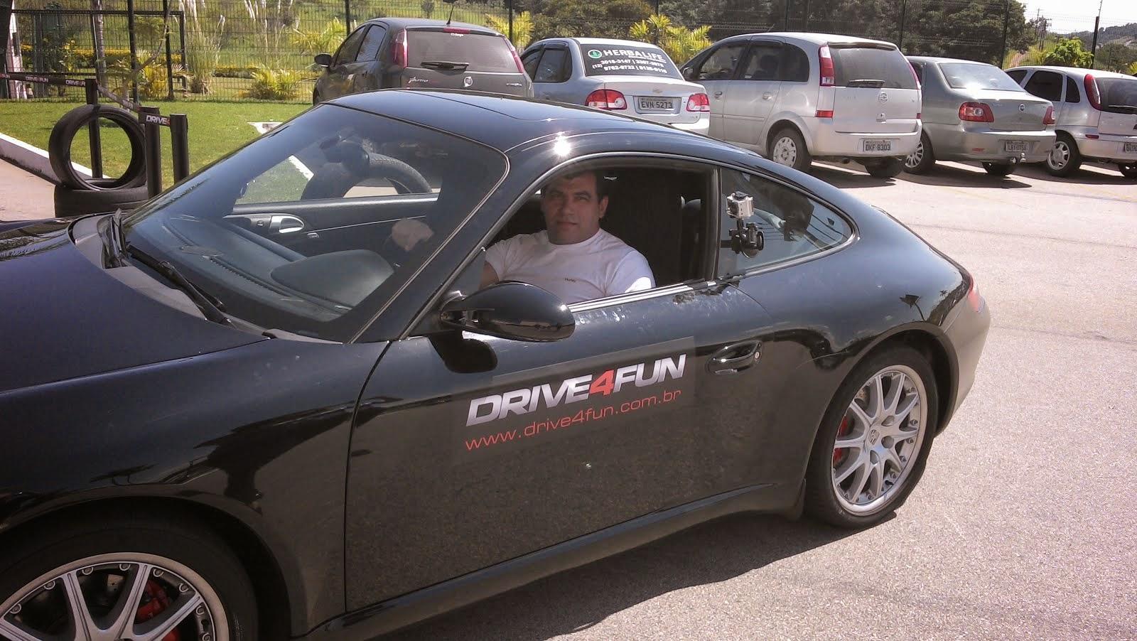 Brincando com uma Porsche em sampa