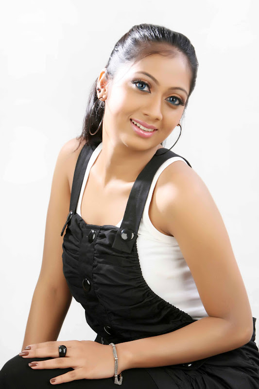 Telugu Actress Udaya Tara Photo Gallery sexy stills