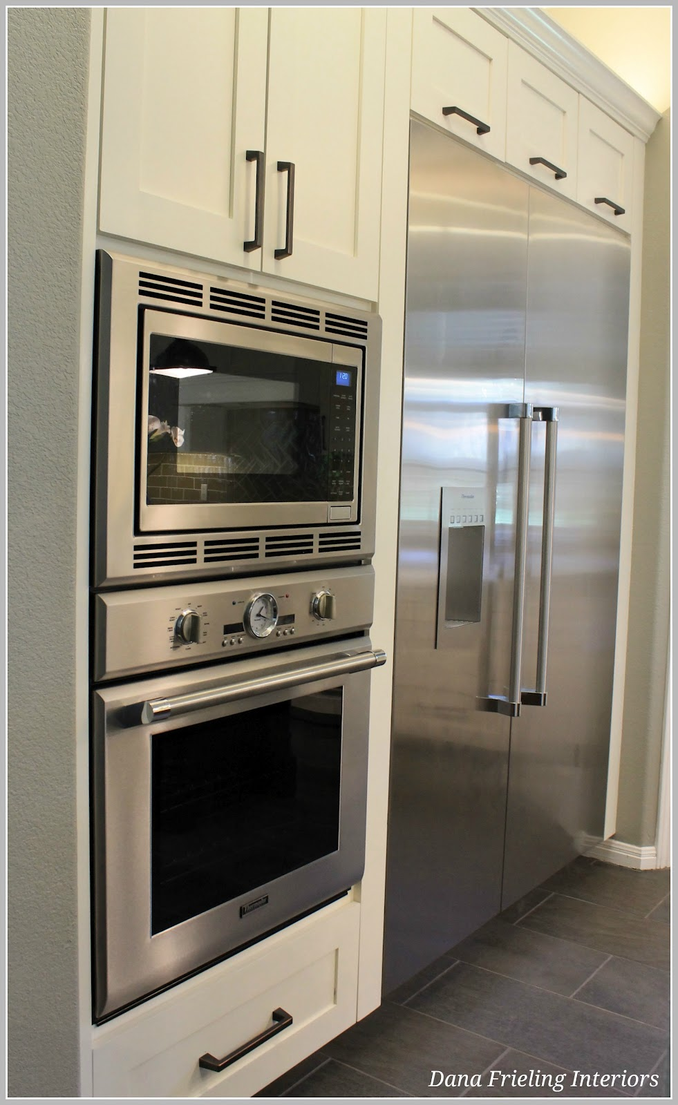 Make them wonder kitchen remodel before and after for Kitchen remodel refrigerator