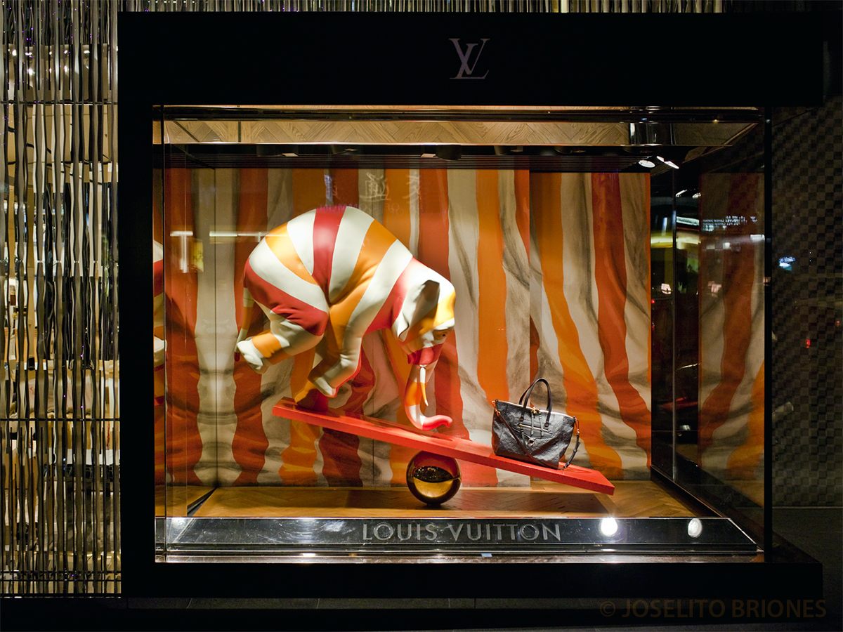 Vuitton louis art show in hong kong
