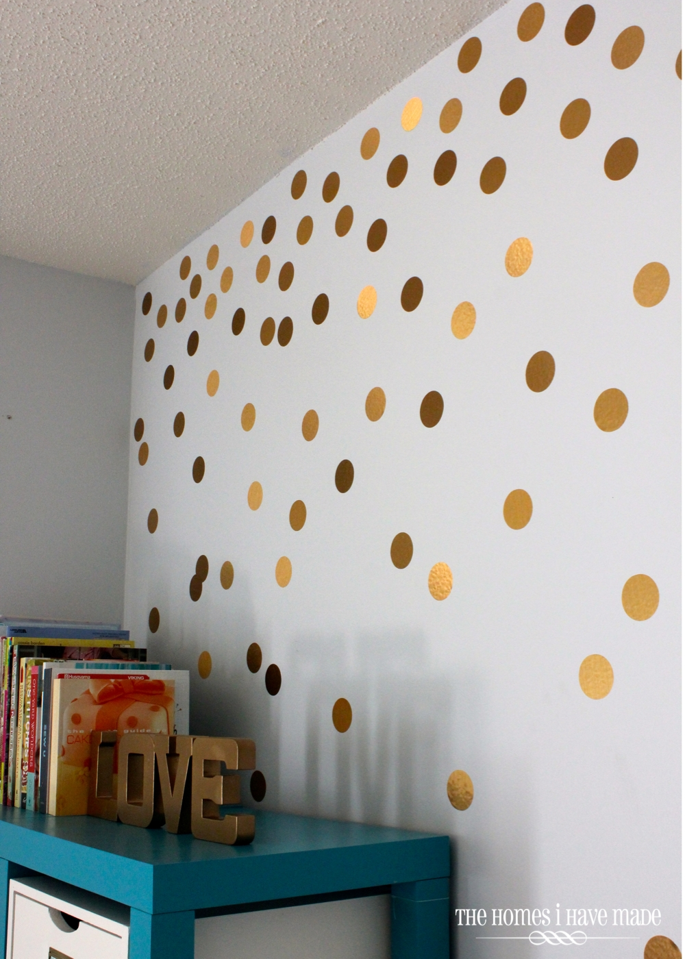 Pictures Of Diy Wall Decor : Diy gold polka dot wall the homes i have made