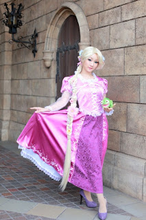 Koyuki cosplay as Disney Rapunzel 4