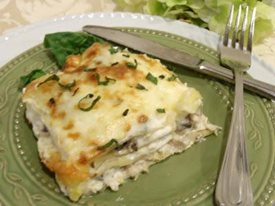 ... Peg's Recipe Box: Chicken and Artichoke Lasagna in Creamy White Sauce