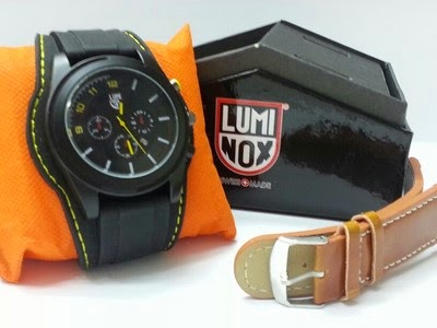 Jam Tangan New Luminox Set 2 tali kulit dan karet