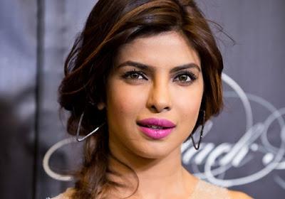 Priyanka Chopra Artis Bollywood Tercantik dan Terpanas