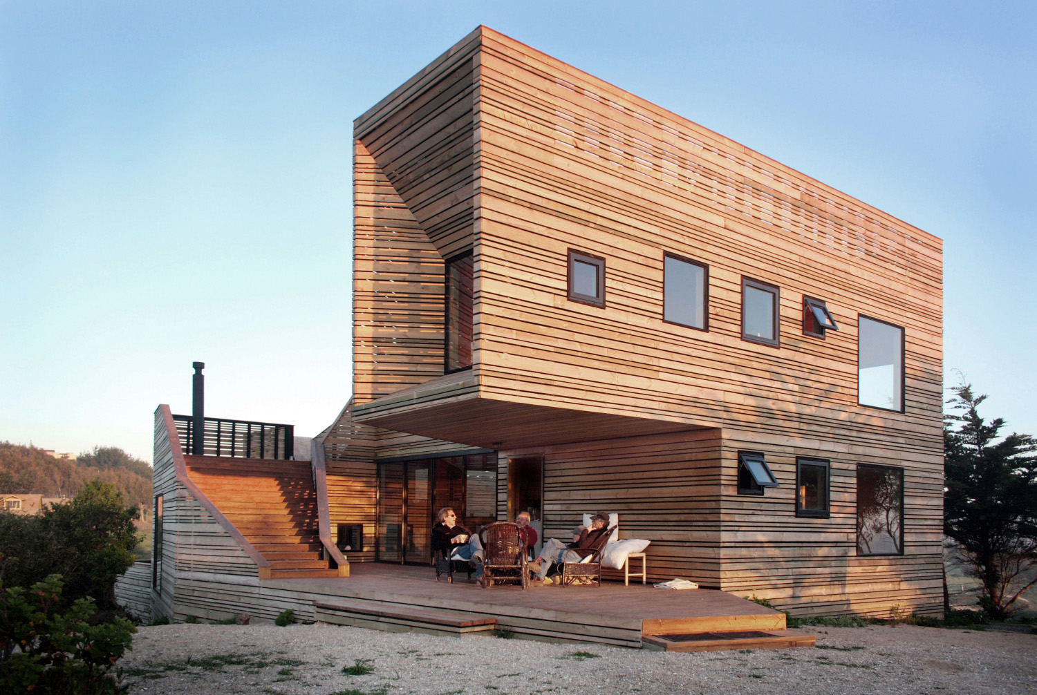 Timber ventilated facade house most beautiful houses in for Fotos de casas de madera
