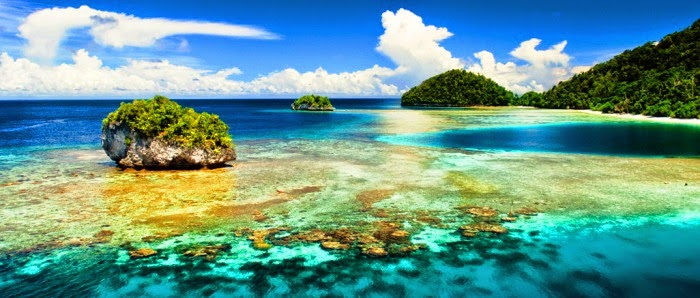 RAJA AMPAT A PARADISE AT EAST INDONESIA