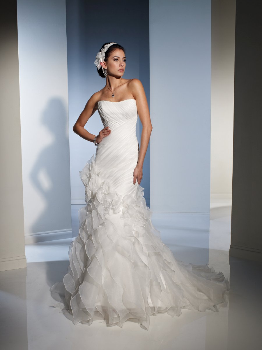 Bridal Elegance: New Arrivals from Sophia Tolli!