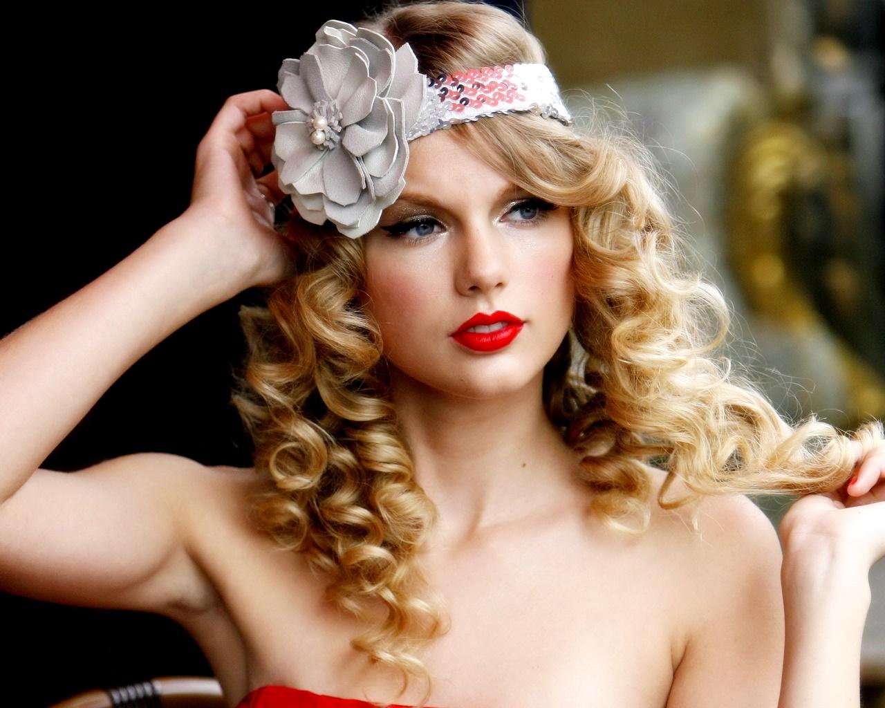 http://2.bp.blogspot.com/-1PtQYKH-R2M/T9Vp4B0qqpI/AAAAAAAATaE/IsOePQC4ovc/s1600/Taylor-Swift4.jpg