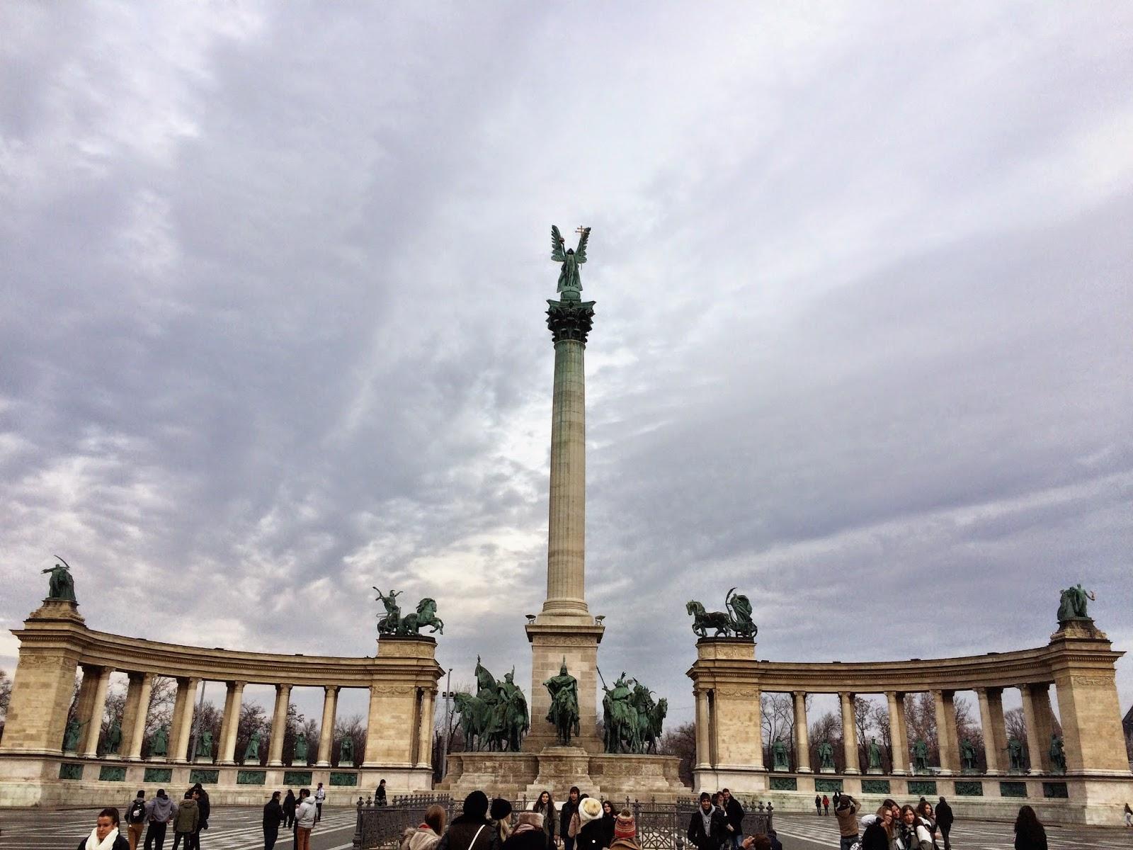 Hero's Square (Hősök tere) - Budapest