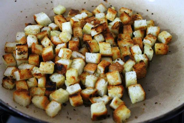 çorbalar için ekmek kurusu