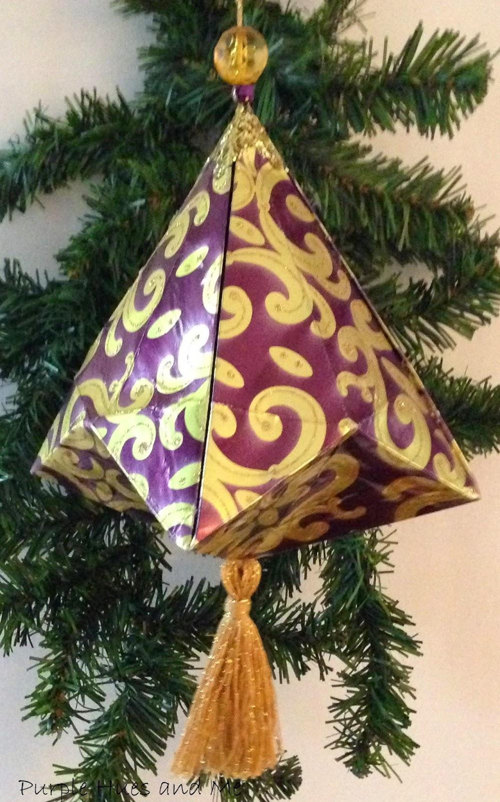 http://plumperfectandme.blogspot.com/2014/11/german-bell-christmas-ornament-tassel.html