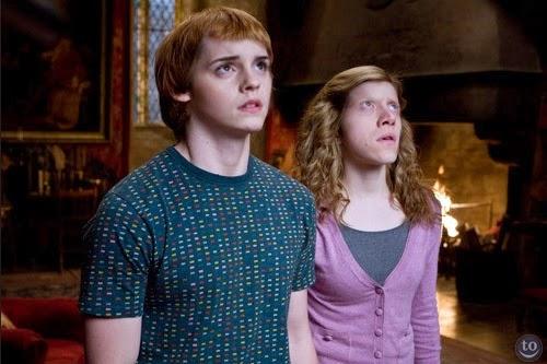 06-Rupert-Grint-Ron-Weasley-&-Emma-Watson-Hermione-Granger-Face-Swap-www-designstack-co