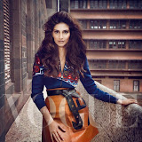 Soonam-Kapoor-Hot-Photoshoot-for-Vogue-September-2014-Stills%2B(10)