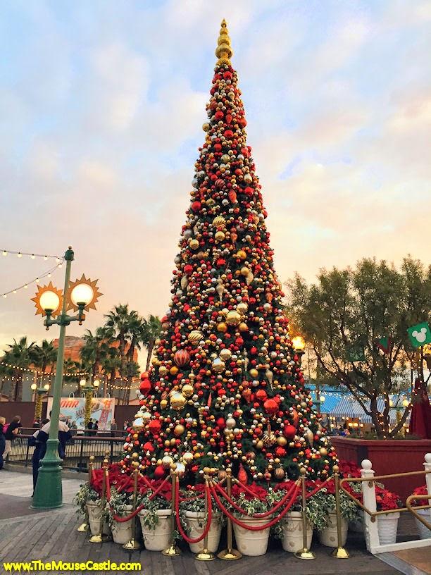 Paradise Pier Christmas tree