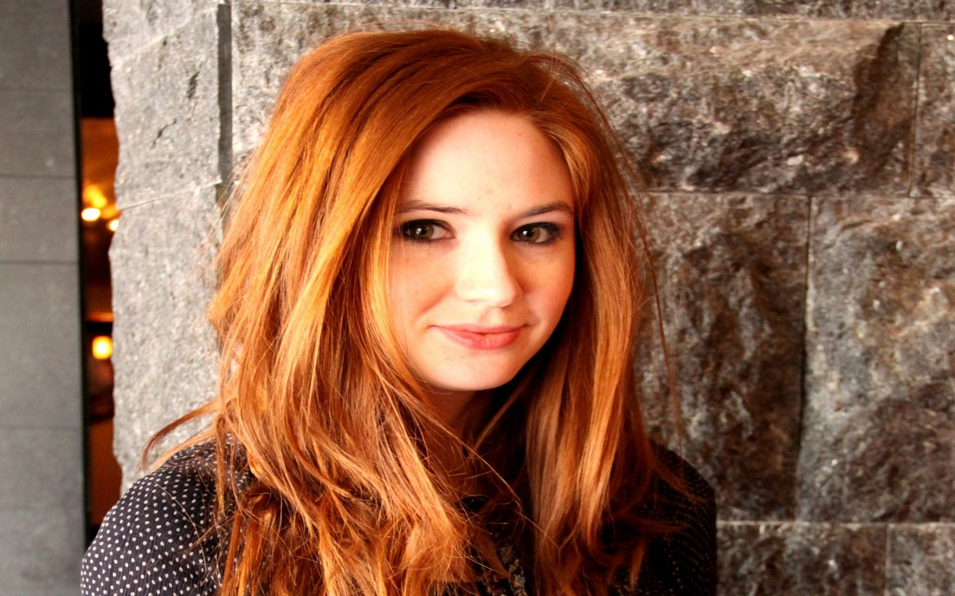 Karen Gillan Widescreen Hd Wallpaper