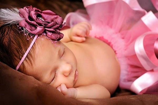 Une Jolie bébé fille photo mignonne