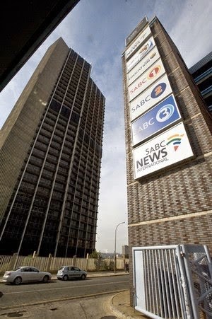 Tv with thinus sabc 39 s hlaudi motsoeneng suspends sabc 39 s chief technology officer sipho masinga - Chief infrastructure officer ...