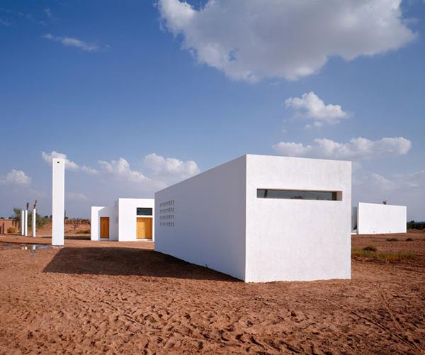 Rumah Persegi Minimalis dan Futuristik & Rumah Persegi Minimalis dan Futuristik   Desain Rumah Modern Minimalis