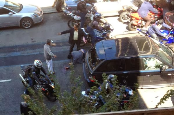 range rover motorcyclists assault fight viral
